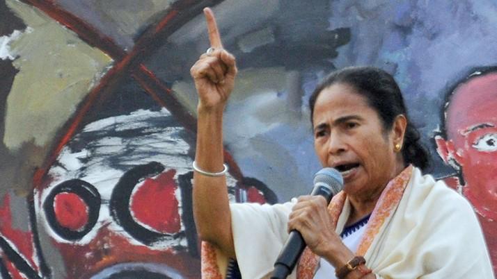 সিএএ বাতিল করুন, মোদীকে 'আবেদন' মমতার, অন্য সুর 'গণভোট' নিয়েও