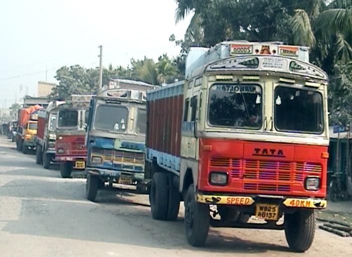 ভারত সরকার লক ডাউন ঘোষনা করায় আগামীকাল থেকে আবারও কার্যক্রম বন্ধ