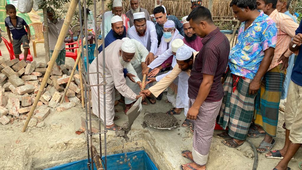 তৈলকুপী গ্রামে দারুস সালাম জামে মসজিদের ভিত্তি স্থাপনা উদ্ধোধন